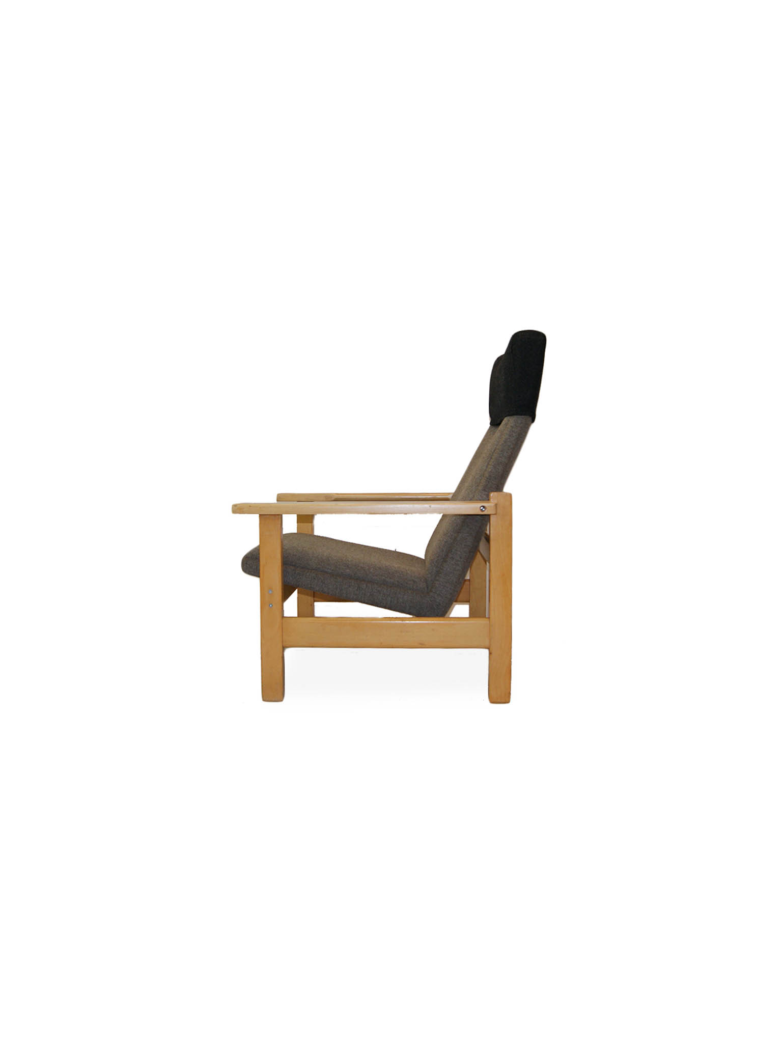 HANS J WEGNER EASY CHAIRS