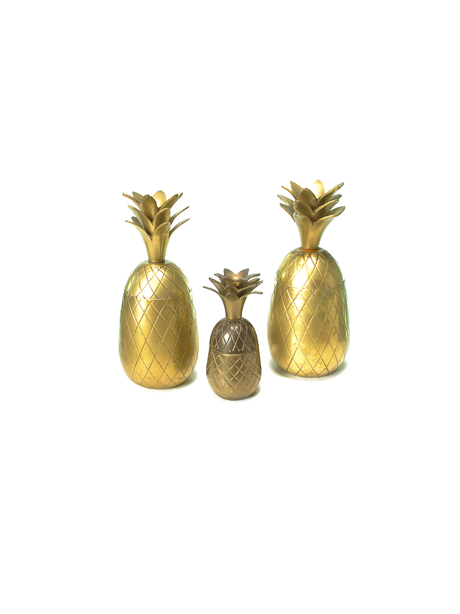 SET OF PINEAPPLE BOWLS